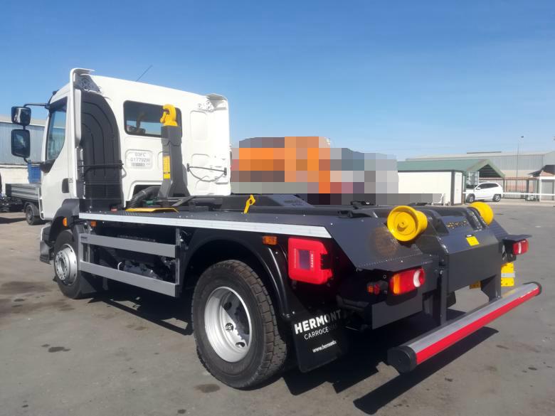 Volvo FL + Equipo Porta-Contenedores 8T