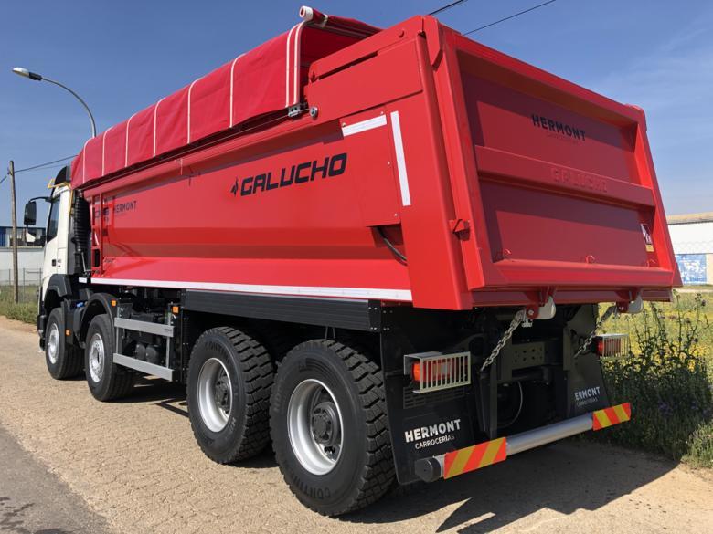 Volvo FM 32T - Basculante Galucho + Toldo