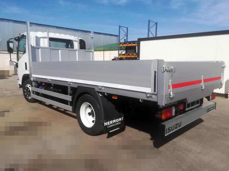Isuzu P75 5.2L (MMA 7500 kg) + Caja Fija Abierta (Lateral Aluminio)