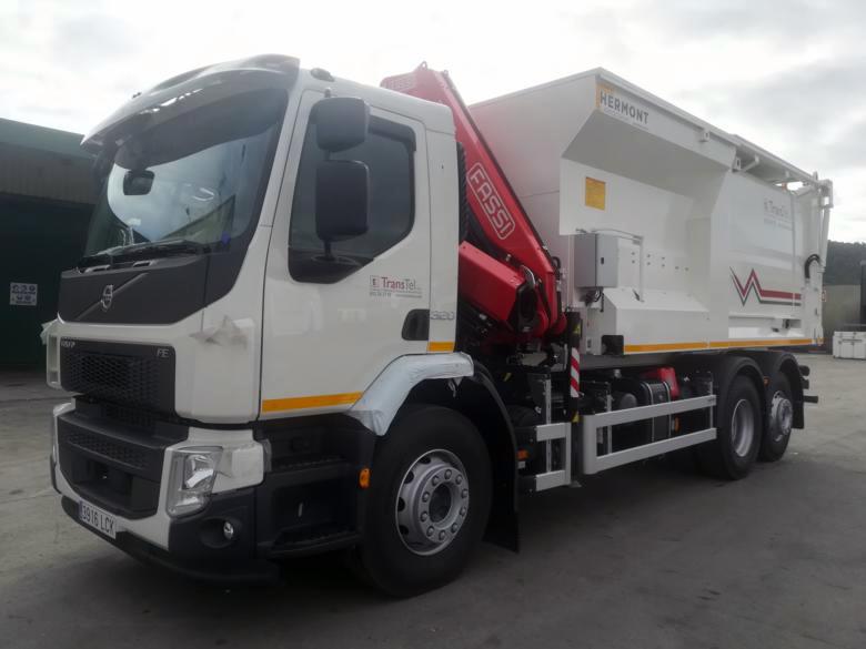 HERMONT entrega a TRANSTEL Volvo FE + Fassi F155AC.0.23 + Compactador